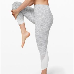 LuluLemon Wunder Under Scallop Crop Leggings